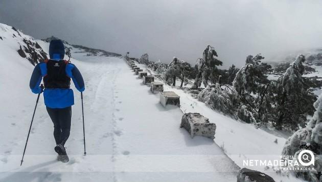 Subida ao Pico do Arieiro com neve